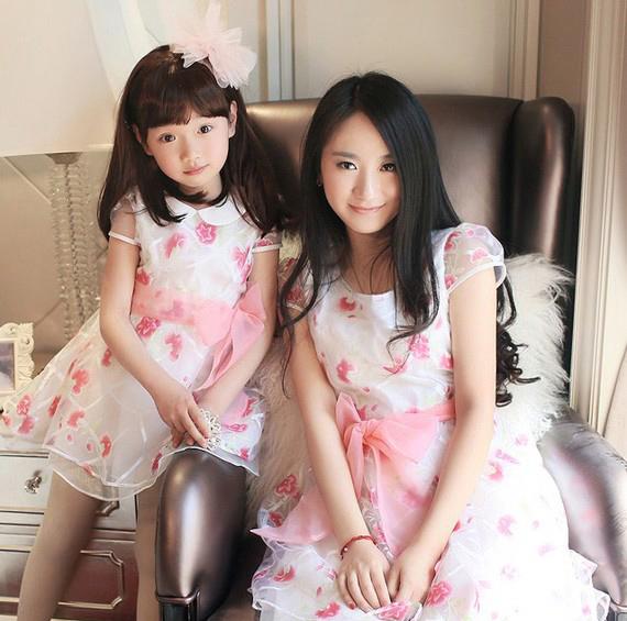 Gợi ý những mẫu váy đôi tuyệt đẹp cho mẹ và bé - Hình 1