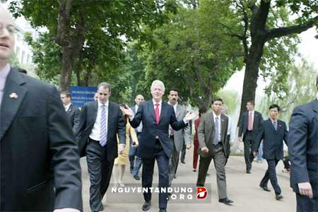 Hé lộ nỗi lo của Nhà Trắng khi Bill Clinton thăm Việt Nam - Hình 1