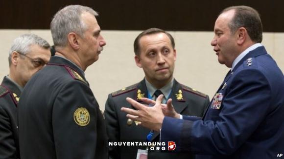 Tư lệnh NATO: NATO phải xét lại quan hệ với Nga - Hình 1