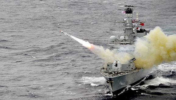 Anh điều tàu hộ vệ hạng nặng 4.900 tấn đến biển Baltic - Hình 1