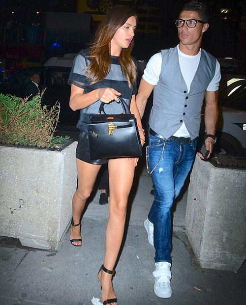 C. Ronaldo bảnh bao đưa bạn gái đi chơi - Hình 1