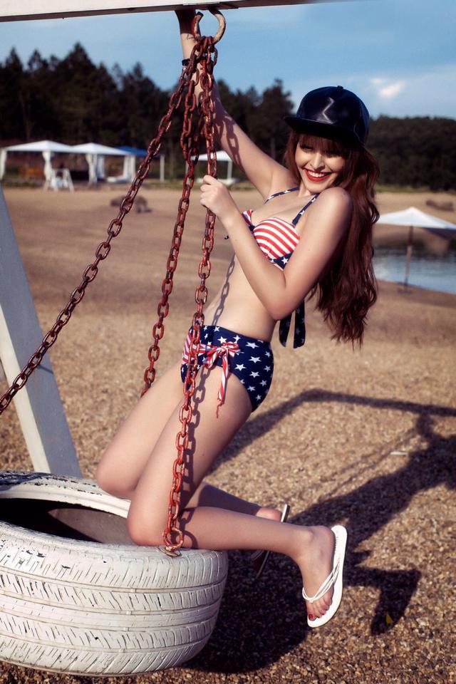 Anh nóng Andrea Aybar voi bikini - Hình 3