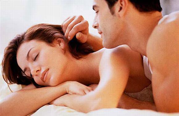 Đau đớn khi giải mã những hạt muối bí ẩn dính trên người vợ - Hình 1