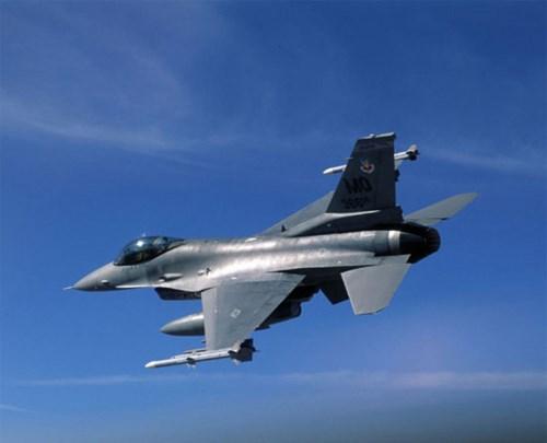Mỹ muốn bán chiến đấu cơ F-16V cho nước ĐNÁ - Hình 1