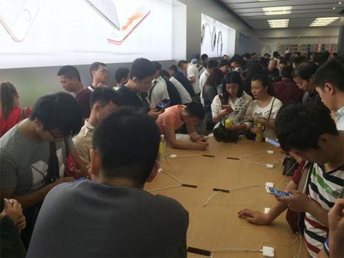 Điện thoại nội địa Trung Quốc gồng mình chống lại iPhone 6s - Hình 1