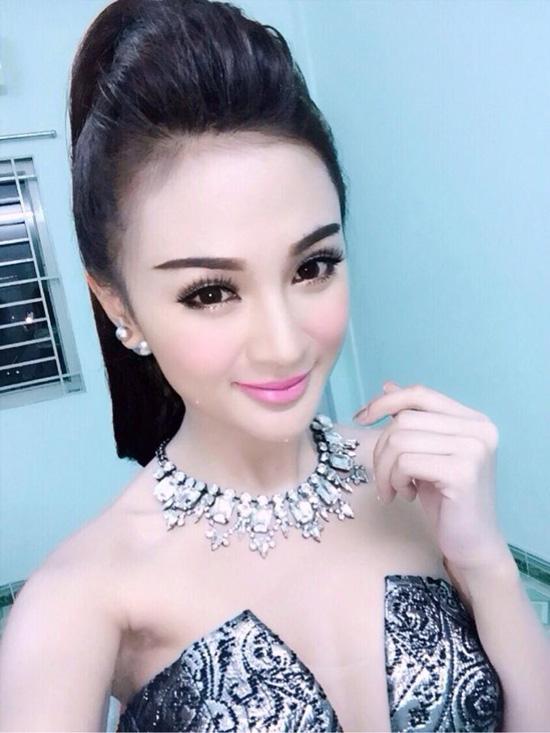 3 xu hướng trang điểm mùa lạnh được hot girl Việt mê tít - Hình 1