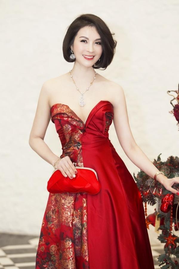 Học các nàng gái một con của showbiz Việt cách chăm da nuột nà - Hình 1