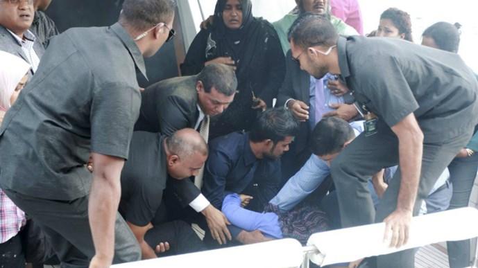 FBI công bố điều tra về nghi án ám sát Tổng thống Maldives - Hình 1