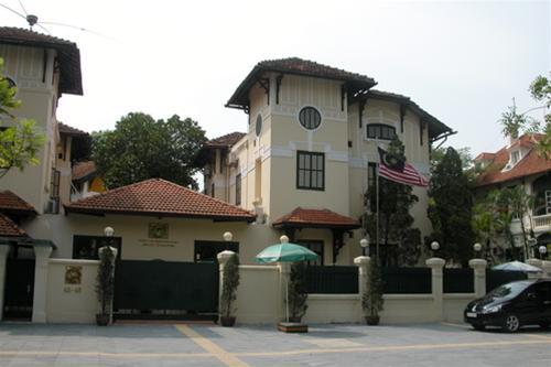 Hà Nội: Hàng loạt biệt thự cổ bị loại bỏ - Hình 1