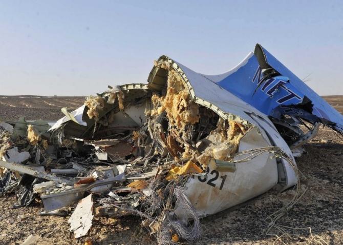 Máy bay Nga nổ tung trên không vì lỗi dập đuôi - Hình 1