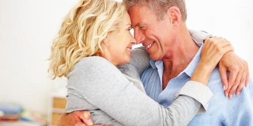 Những tai nạn về sex người cao tuổi phải đối mặt