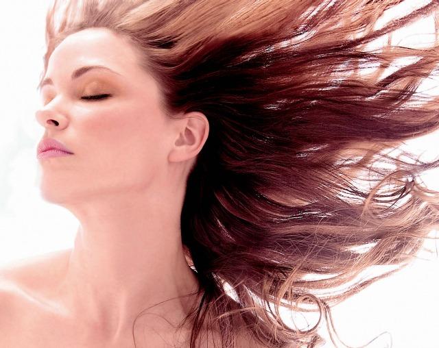 4 lưu ý bảo vệ tóc và da đầu không bị cháy nắng - Hình 2