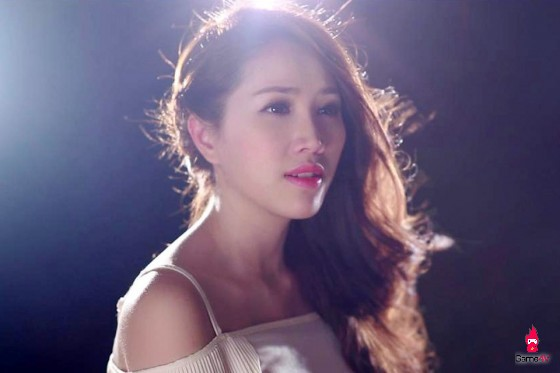 2 người đẹp nổi tiếng của Showbiz Việt có điểm &'xuất phát' từ Game Online - Hình 2