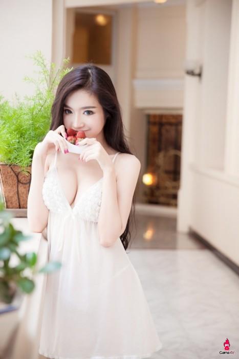2 người đẹp nổi tiếng của Showbiz Việt có điểm &'xuất phát' từ Game Online - Hình 8