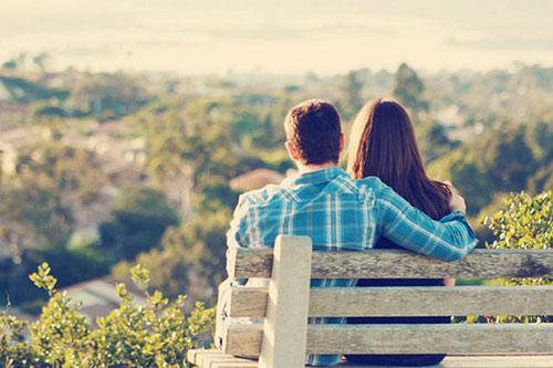 4 sai lầm khi yêu lần đầu của các cô gái trẻ - Hình 1