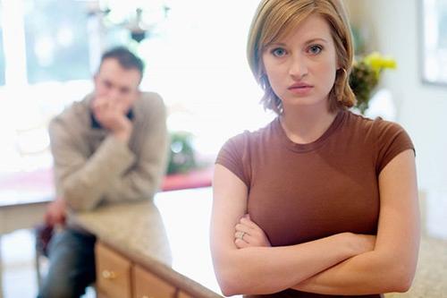 Bị chồng xem thường chỉ vì phụ thuộc kinh tế - Hình 1