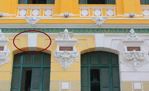 Chọn được màu sơn mới cho tòa nhà bưu điện 130 tuổi ở TP HCM - Hình 1