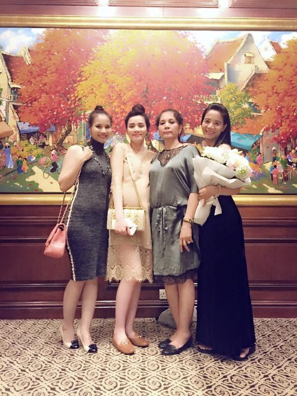 Trang Nhung tổ chức sinh nhật trước khi sinh nở - Hình 2