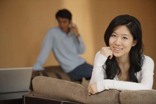 Chồng có học vấn thấp, hôn nhân bấp bênh - Hình 1