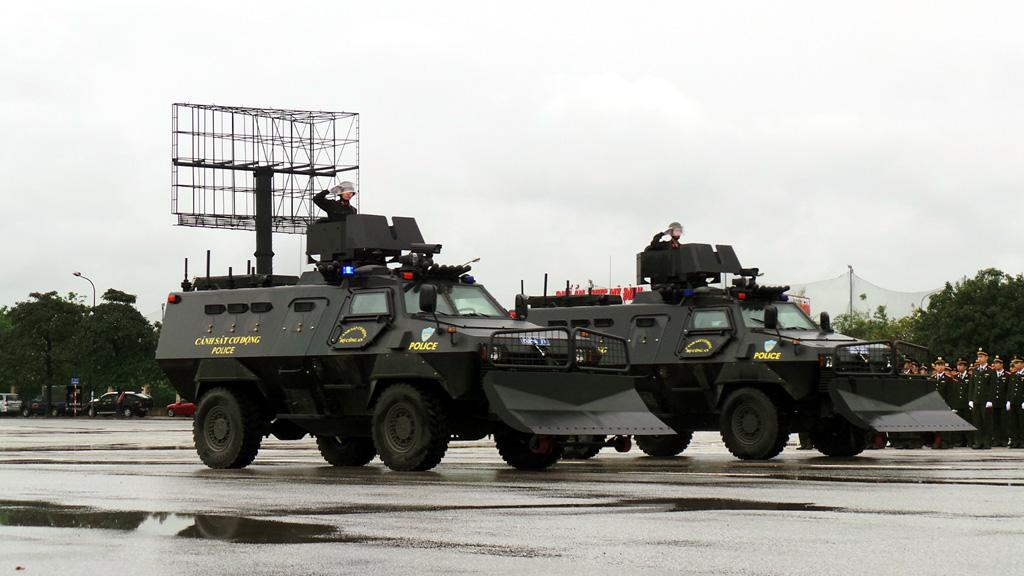 Công an Hà Nội giới thiệu dàn xe đặc chủng phục vụ IPU-132 - Hình 1