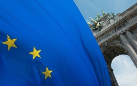 EU sẽ chờ tới tháng 6 để quyết định các biện pháp trừng phạt Nga - Hình 1