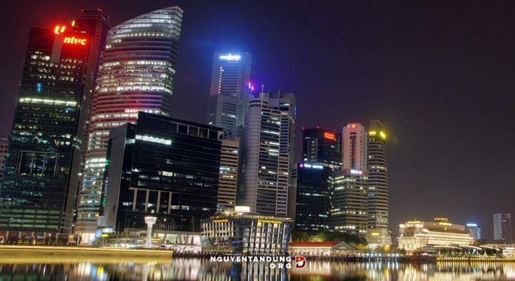 Sự thật phũ phàng phía sau ánh hào quang của Singapore? - Hình 1
