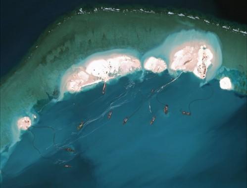 Mỹ cảnh báo Trung Quốc về việc gây mất ổn định trên Biển Đông - Hình 1