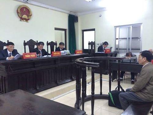 Thiếu nhiều thành phần quan trọng, TAND Tối cao lại hoãn xét xử Trịnh Ngọc Chung - Hình 1