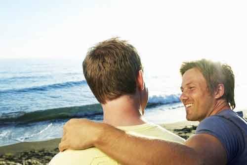 Trớ trêu bắt quả tang chồng ngoại tình với bạn thân - Hình 1