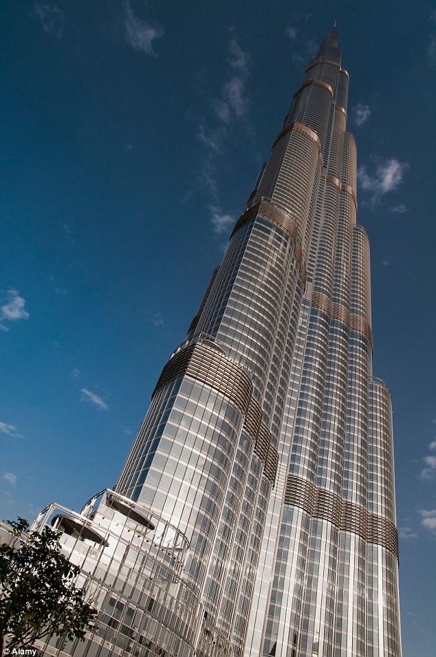Bị đại gia ruồng bỏ, cô gái nhảy từ tòa nhà cao nhất thế giới tự tử - Hình 3