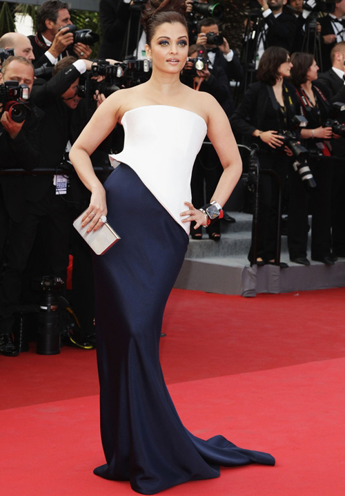 10 bộ đầm quý phái của Hoa hậu Aishwarya Rai - Hình 10