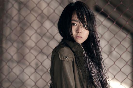 Phim của Huy Khánh mới lên sóng đã dính nghi án đạo nhái - Hình 2