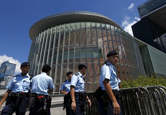 Hồng Kông có nguy cơ hỗn loạn - Hình 1