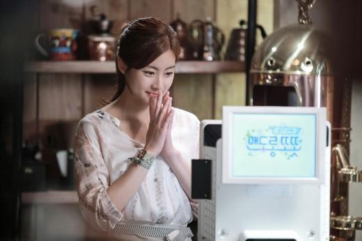 Kang Sora: Tôi đã hiểu vì sao phụ nữ thích Yoo Yeon Seok! - Hình 1