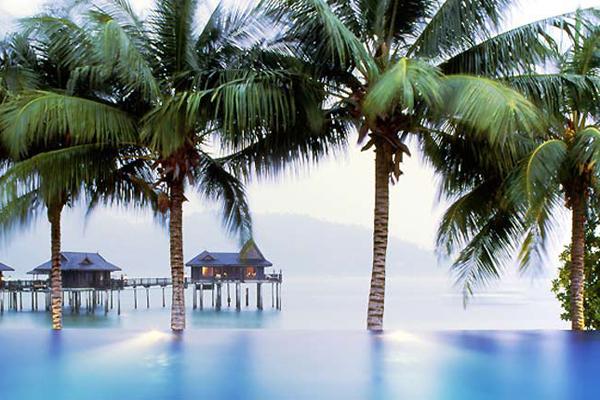 Những ngôi nhà trên biển đẹp nhất thế giới - Hình 6