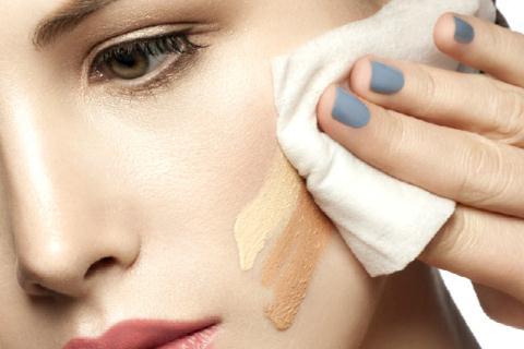 3 cách để làm sạch da mặt không cần dùng tới nước - Hình 5