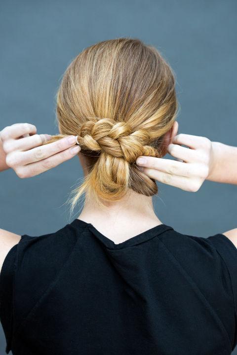 10 gợi ý tạo kiểu tóc đẹp hoàn hảo chỉ trong... vài giây - Hình 19