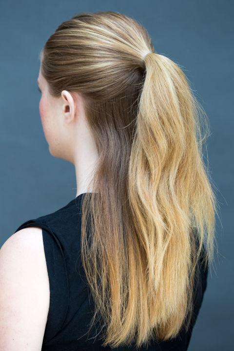 10 gợi ý tạo kiểu tóc đẹp hoàn hảo chỉ trong... vài giây - Hình 5
