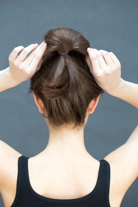 10 gợi ý tạo kiểu tóc đẹp hoàn hảo chỉ trong... vài giây - Hình 32