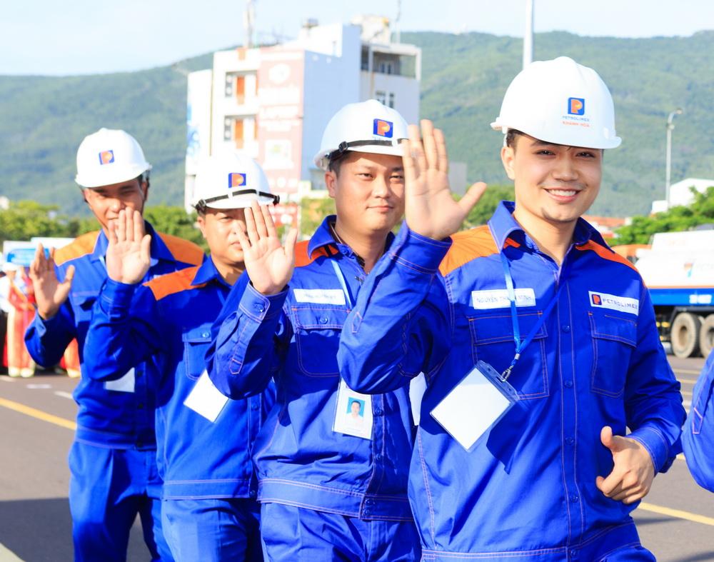 Nụ cười Người lao động Petrolimex - Đời sống - Việt Giải Trí