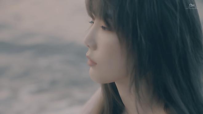 Bài hát với bốn số 1 giúp TaeYeon soán ngôi các BXH