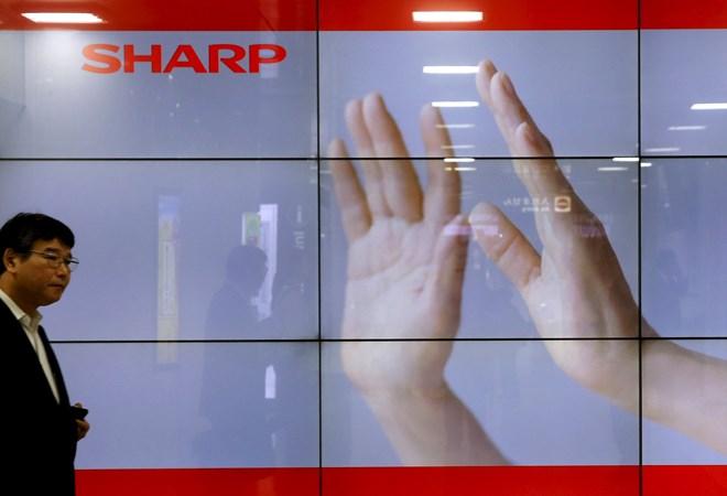 Đại gia Sharp của Nhật Bản vào tay người Đài Loan - Hình 1