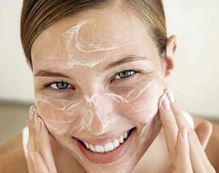 6 bước để da mặt mịn màng không sợ nếp nhăn - Hình 1