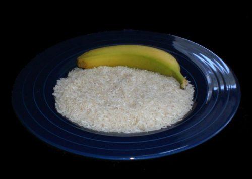 Ăn 1 bát cháo chuối vào buổi sáng, giảm mỡ bụng mà không cần hút mỡ - Hình 1