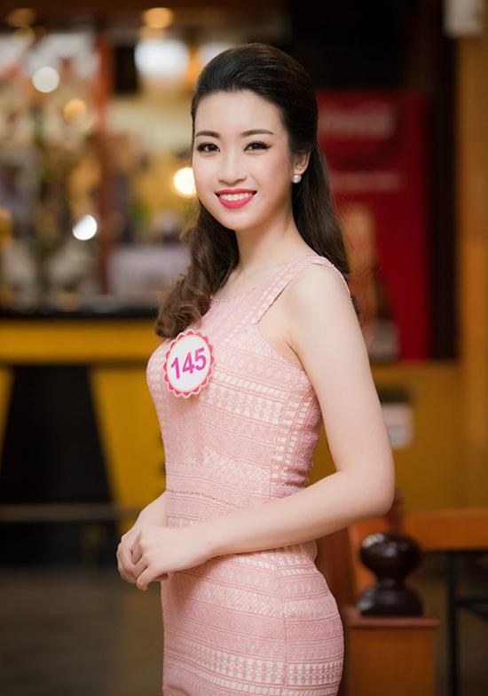 Hoa hậu Đỗ Mỹ Linh bị chê làm tóc dìm nhan sắc
