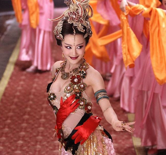 Bí ẩn sau vẻ đẫy đà của 10 thánh nữ tuyết lê màn ảnh Hoa ngữ