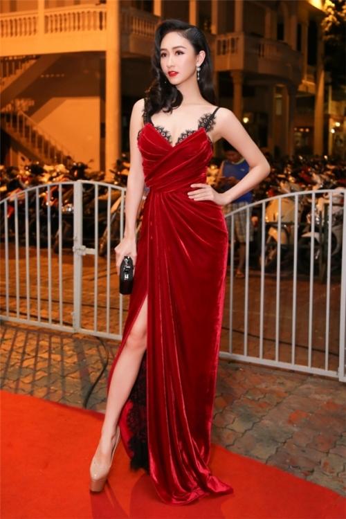 Lê Thanh Hoà - Nhà thiết kế lập kỷ lục có nhiều váy áo chung đụng trong Vbiz
