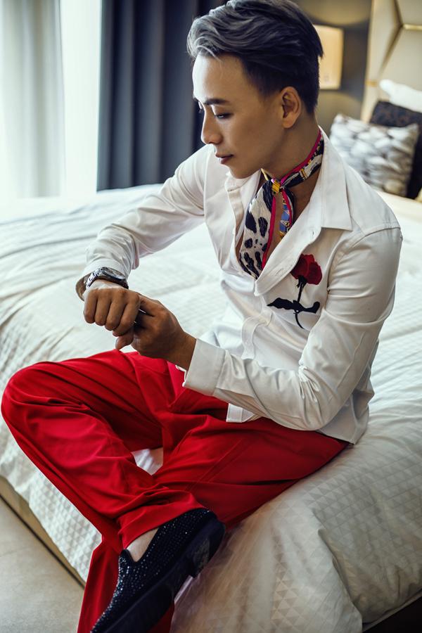 Văn Thành Công gợi ý chọn trang phục đi tiệc cho nam giới