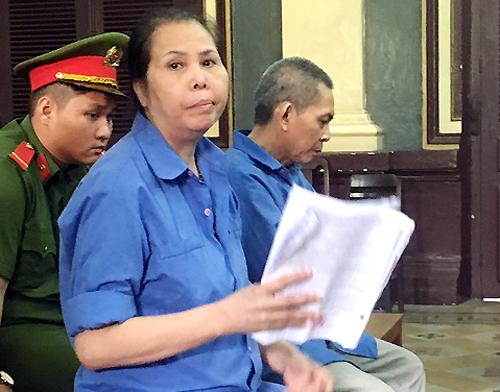 Vợ chồng siêu lừa chiếm đoạt trăm tỷ của đại gia Sài Gòn