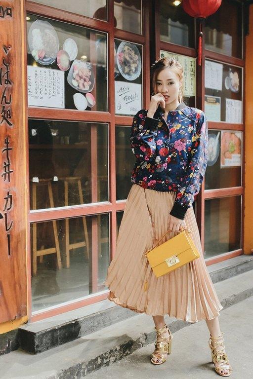 Học Minh Hằng, Tóc Tiên tận dụng đồ mùa hè cho mùa thu cực dễ